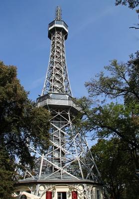 Aussichtssturm Petrin, Prags kleiner Eiffeltturm 02