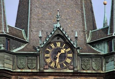 Prag hat viele schöne Uhren 02