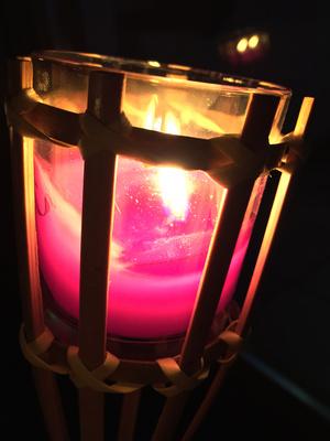 Kerze bei Nacht