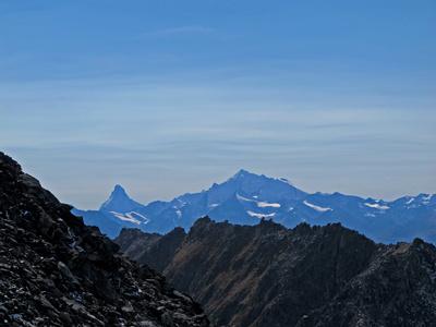 Luftlinie - vom Eggishorn zum Matterhorn