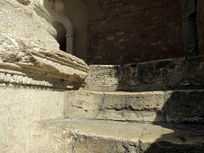 Stufen zur Kirche Santa Maria sopra Minerva.