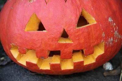 Kürbis-Fratze//Halloween-Kürbis