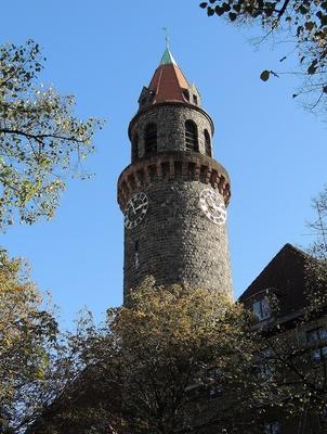 Hauptturm der ev. Lukas-Kirche Steglitz