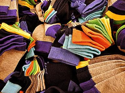Warme Socken, so bunt wie der Herbst