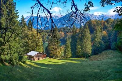 Landschaft im Allgäu mit Blick aufs Nebelhorn