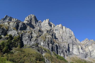 Grosser Klettersteig K5 an dieser Wand