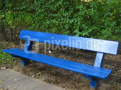 alte blaue Parkbank