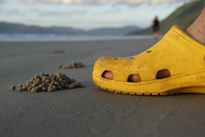 Sandkugelkunst mit Schuh