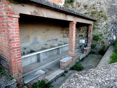 Altes Waschhaus in Todi