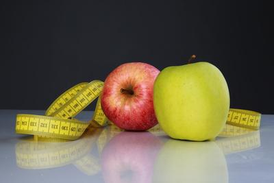 Äpfel und Maßband