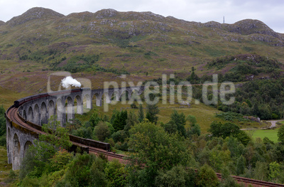 Über den Glenfinnan-Viadukt