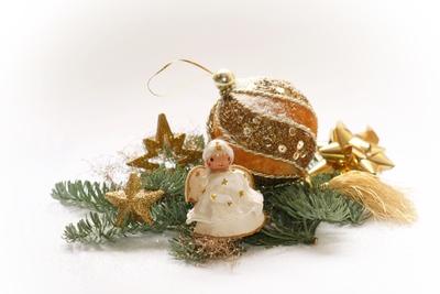eine alte weihnachtskugel