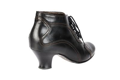 Schuhwerk 17