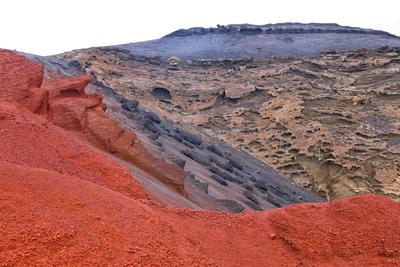 roter Vulkanfelsen