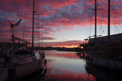 morgens am Hafen