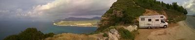 Wohnmobil auf den Klippen von Cassis