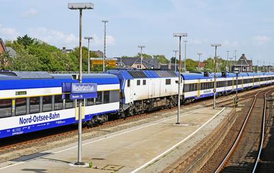 Lange Regionalzüge . . . .