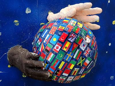 Die Welt in Händen halten