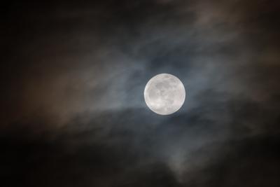 Voll der Mond