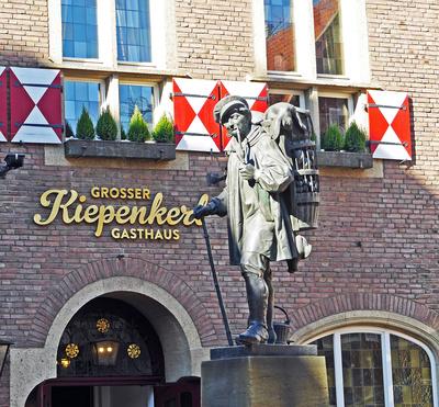 Das Kiepenkerl-Denkmal . . .  .