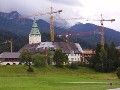 Schloss Elmau Wiederaufbau 1