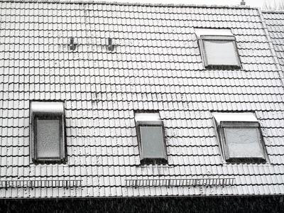 Der erste Schnee auf dem Dach - 2015
