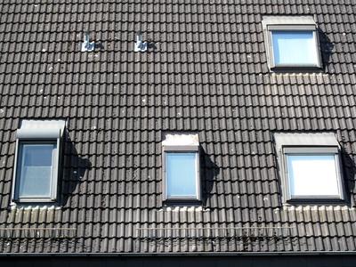 Fenster für Obergeschoss und Dachboden