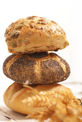 Leckere  Brötchen oder Semmeln zum Frühstück