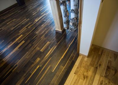 Zweierlei Holzboden