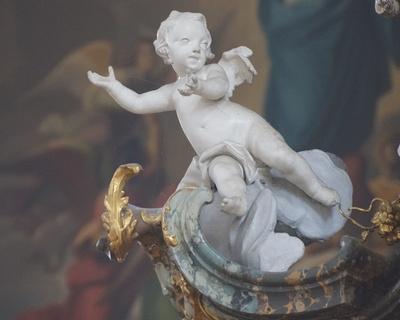 Barockengel im Weihrauchdunst