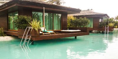 Luxus-Bungalow am Pool