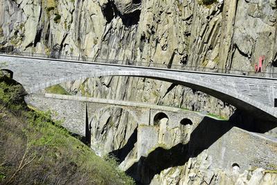 Schöllenenbrücke alt und neu