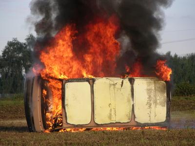Ausgebrannter VW Bus