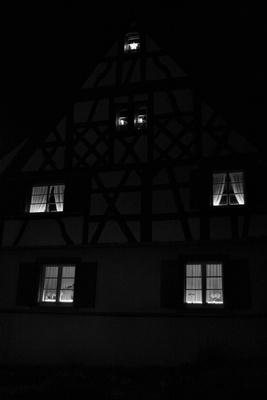 Das alte Fachwerkhaus in der Nacht