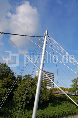 Sassnitz - Die neue Fußgängerbrücke von der Stadtmitte hinunter zum Hafengelände