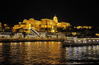 Budapest bei Nacht (2)  . . . .