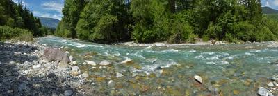 Die Landwasser mit Schmelzwasser