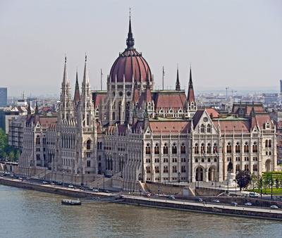 Budapest - Der Parlamentspalast . . . .