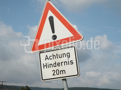 Achtung Hindernis
