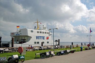 Fähre »Vitte« im Hafen von Vitte auf Hiddensee