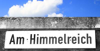 DEM HIMMELREICH GANZ NAH