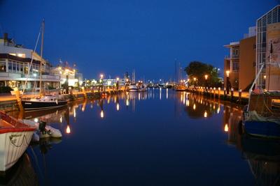Büsumer Museumshafen bei Nacht