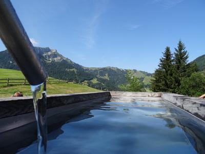 Brunnen in den Bergen