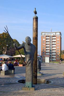 Rostock - Altstadt - Neuer Markt mit Möwenbrunnen