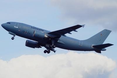 """Luftwaffe Airbus A 310 -300 MRT """" Otto Lilienthal """" startet"""