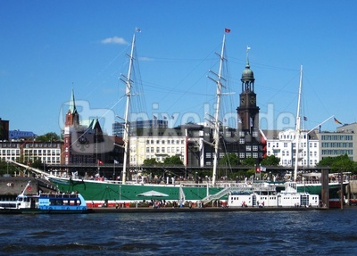 Hamburg / Landungsbrücken