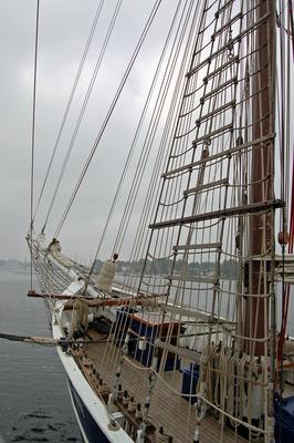 Rostock - Segelschiff »Santa Barbara Anna« im Rostocker Stadthafen