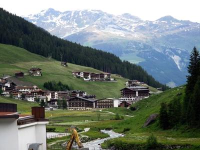 Blick auf Hintertux in Tirol