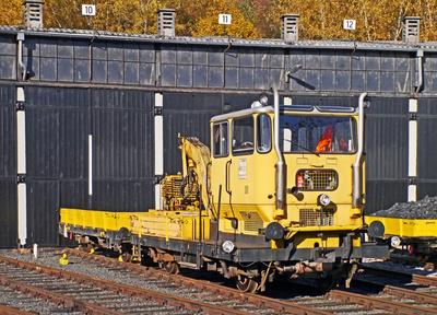 """ Rottenkraftwagen mit Anhänger """