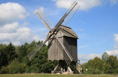 Bockwindmühle im Hessenpark Neu-Anspach
